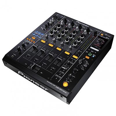 Zu sehen ist hier eine Komponente der DJ-Technik.